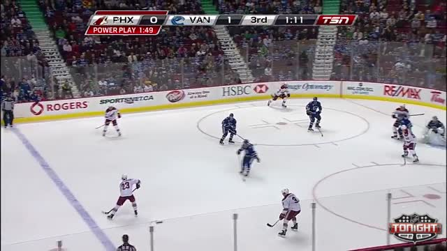 Edler lays down the hit